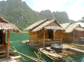 Back to basics – floating bungalows at Khao Sok National Park