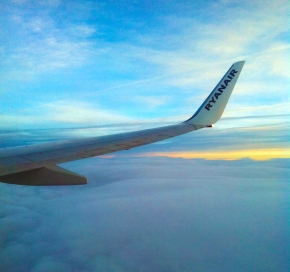 The Ryanair Survival Guide: How to fly Ryanair without getting rippedoff
