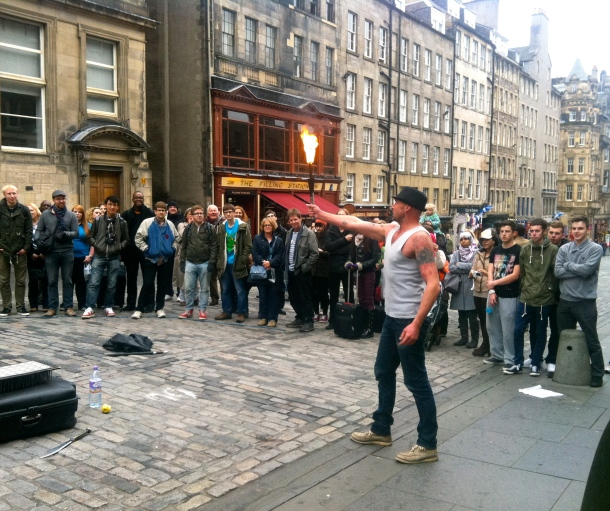 Street performers, Edinburgh, Royal Mile