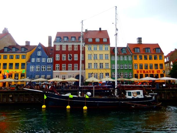 Nyhaven, Copenhagen, weekend in Copenhagen, Denmark, 48 hours in Copenhagen, colourful buildings